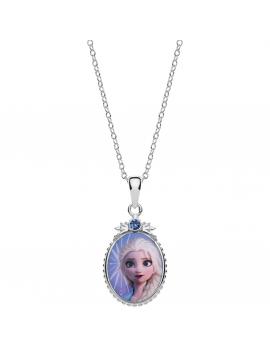 Sølv halskæde oval med Elsa foran og snefnug på bagside. Kæden i længde 35-38-40 cm.